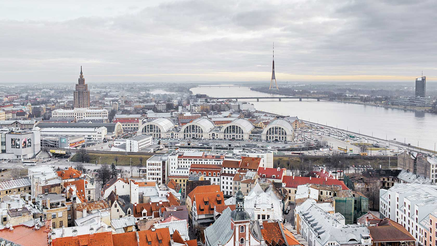 lets-travel-to-riga-latvia-with-rodion-kovenkin-Cityview-from-StPeter-Church-1